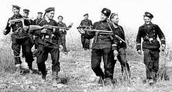 1942apr_soviet_marines_recon_troopers_2.jpg